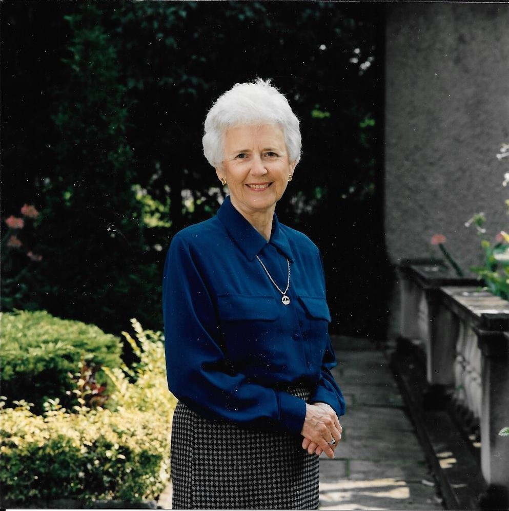 joyce hamilton obituary